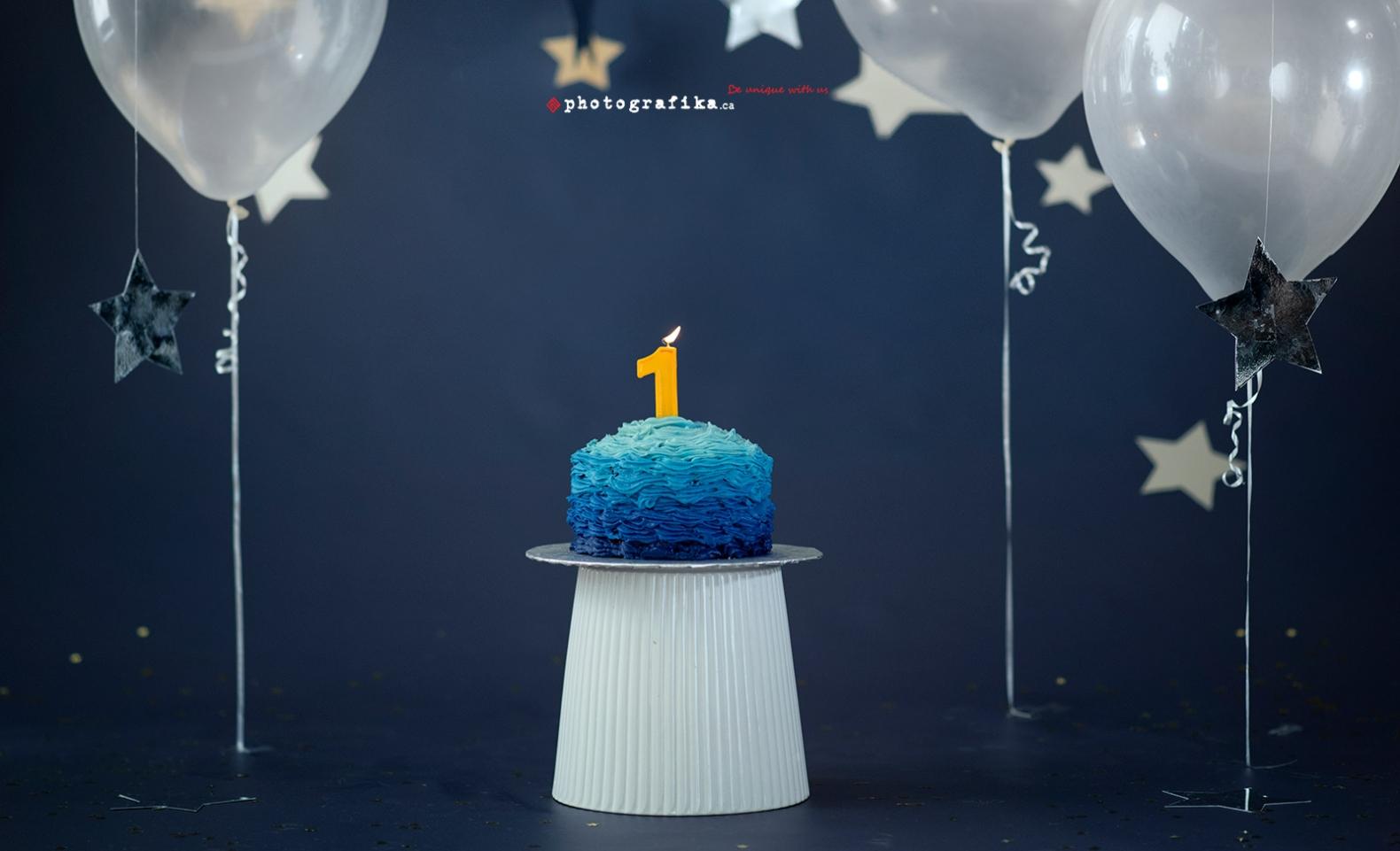 Alex 1st Birthday Cake Smash